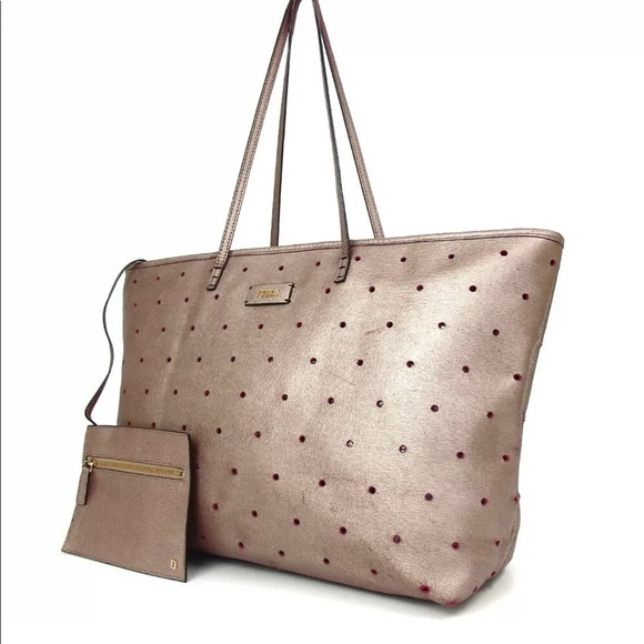 Fendi Handbags - Fendi Porch punching tote plus pouch